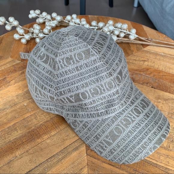 GIORGIO ARMANI Tan Embroidered Hat • Unisex